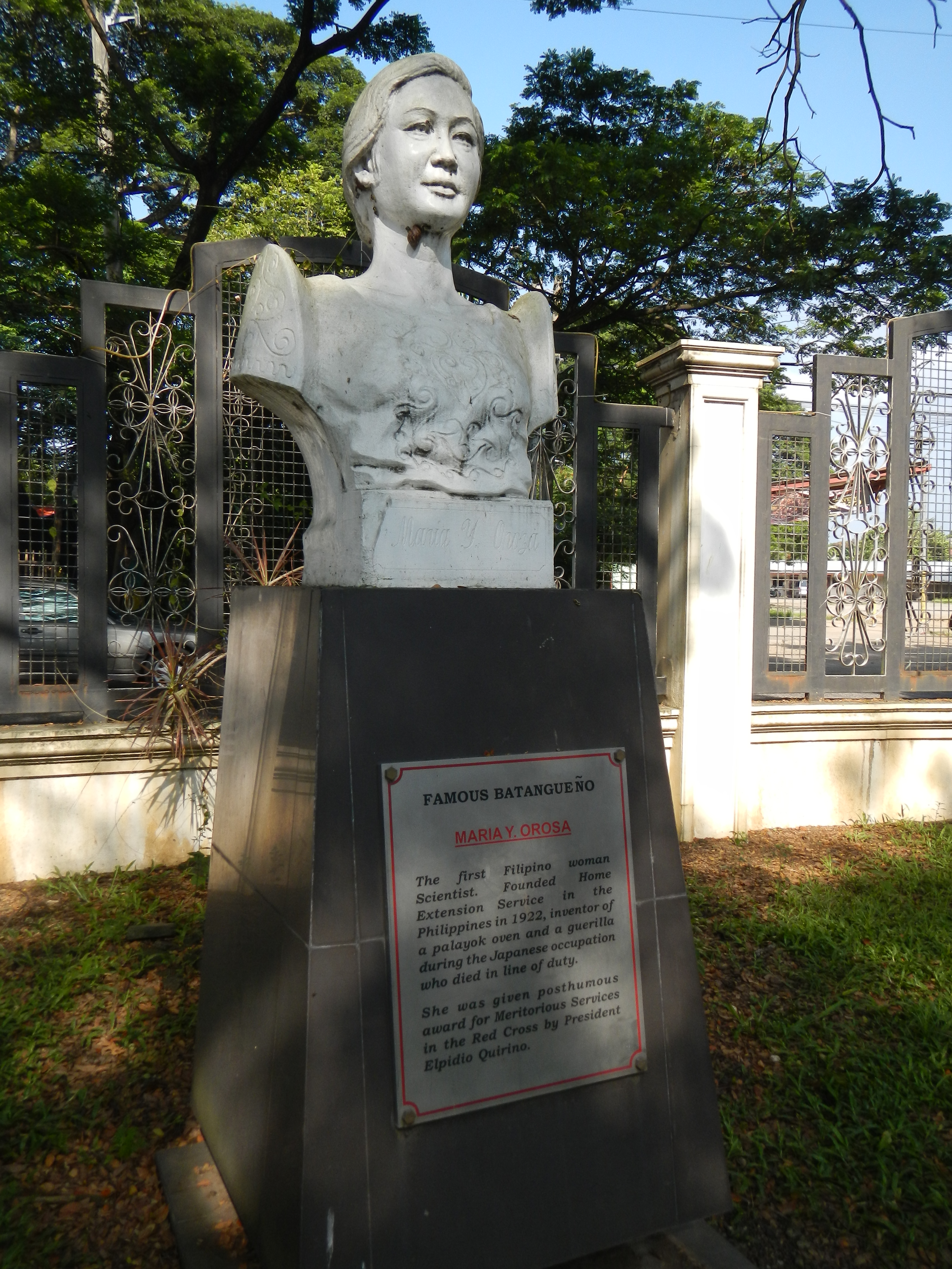 """Maria Orosa at the Historical Park and Laurel Park, Batangas Provincial Capitol Complex. 