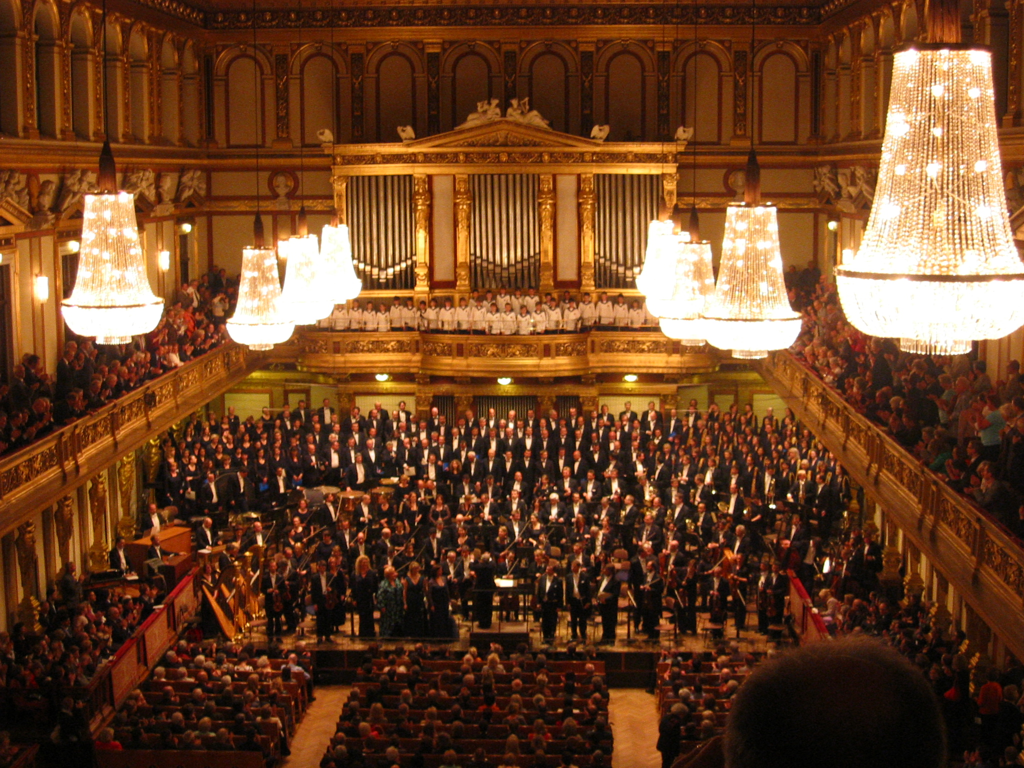 Frame of reference: orchestra in a moment of triumph. (Wikimedia Commons)