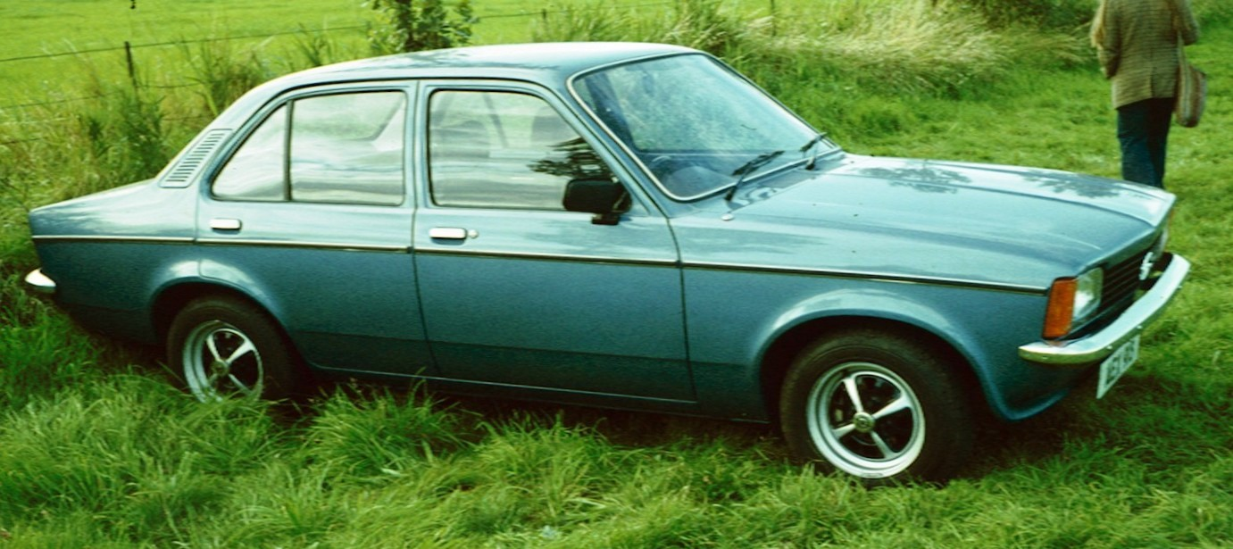 File Opel Kadett C 4 Door Post Face Lift Jpg Wikimedia Commons