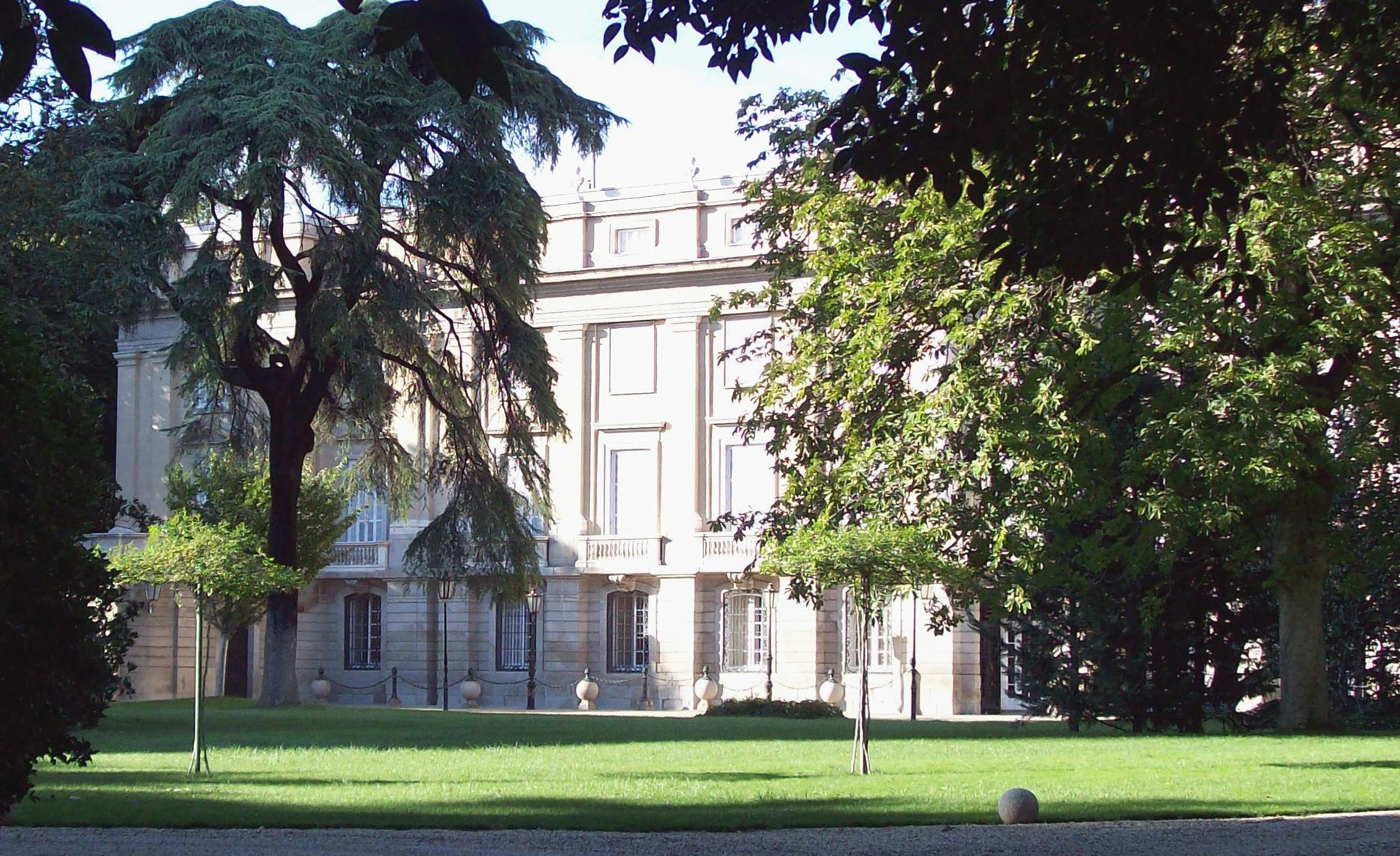 embajada polaca madrid: