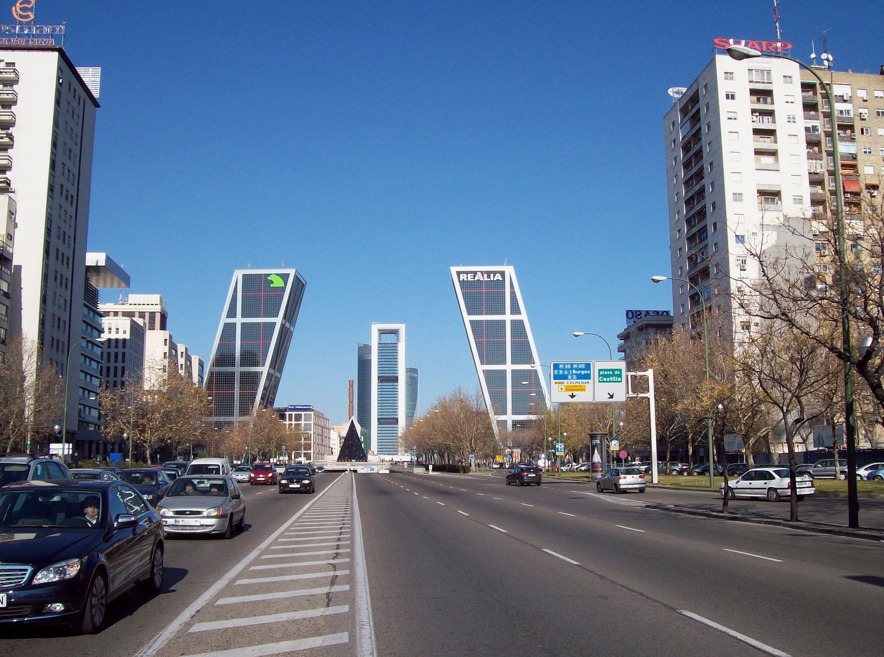 7c5e434d Paseo de la Castellana - Wikipedia