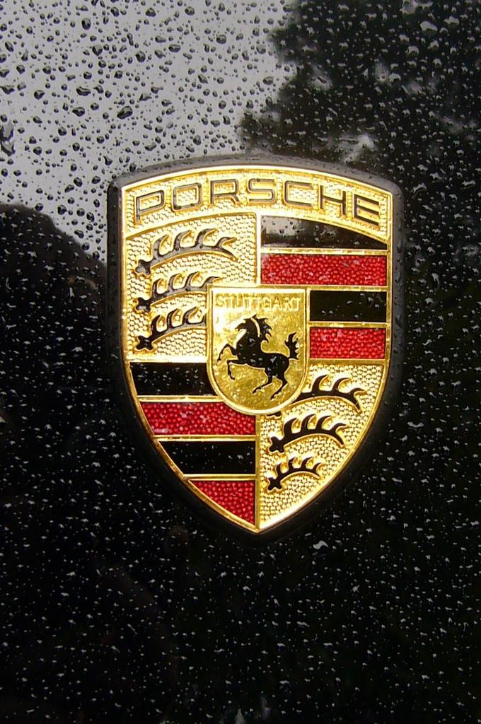 FilePorsche emblem , Wikimedia Commons