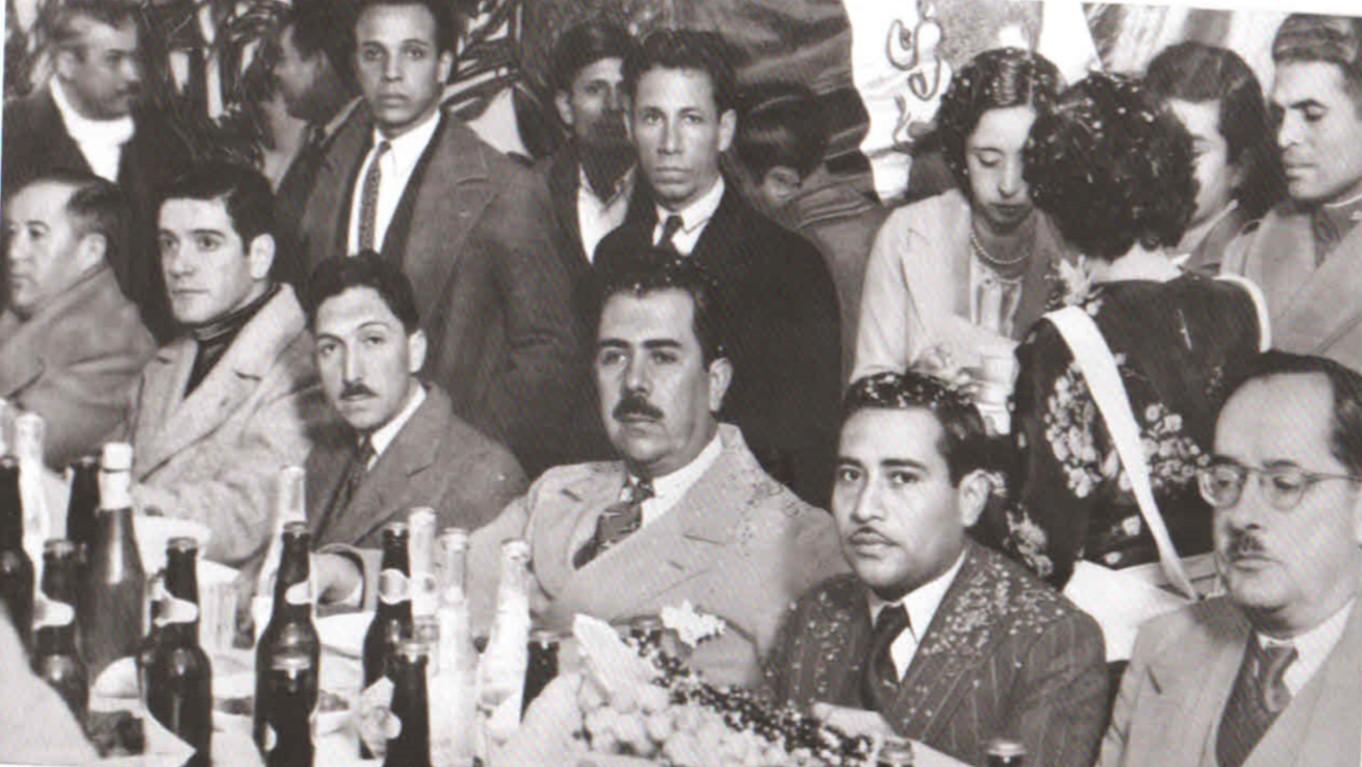 File:Presidente Lázaro Cárdenas reunido con Sindicato obrero veracruzano en 1938.jpg