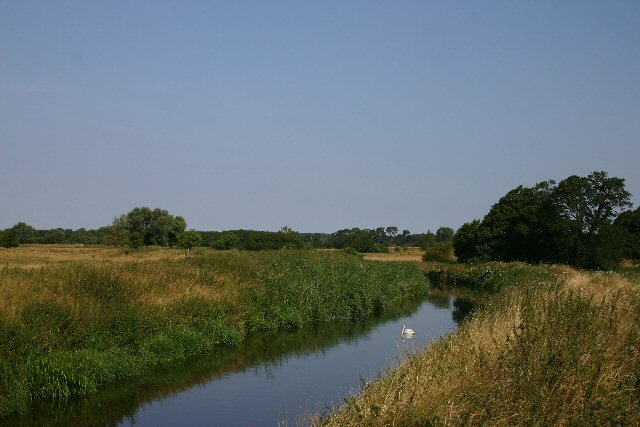 File:River Lark west of Icklingham - geograph.org.uk - 207118.jpg