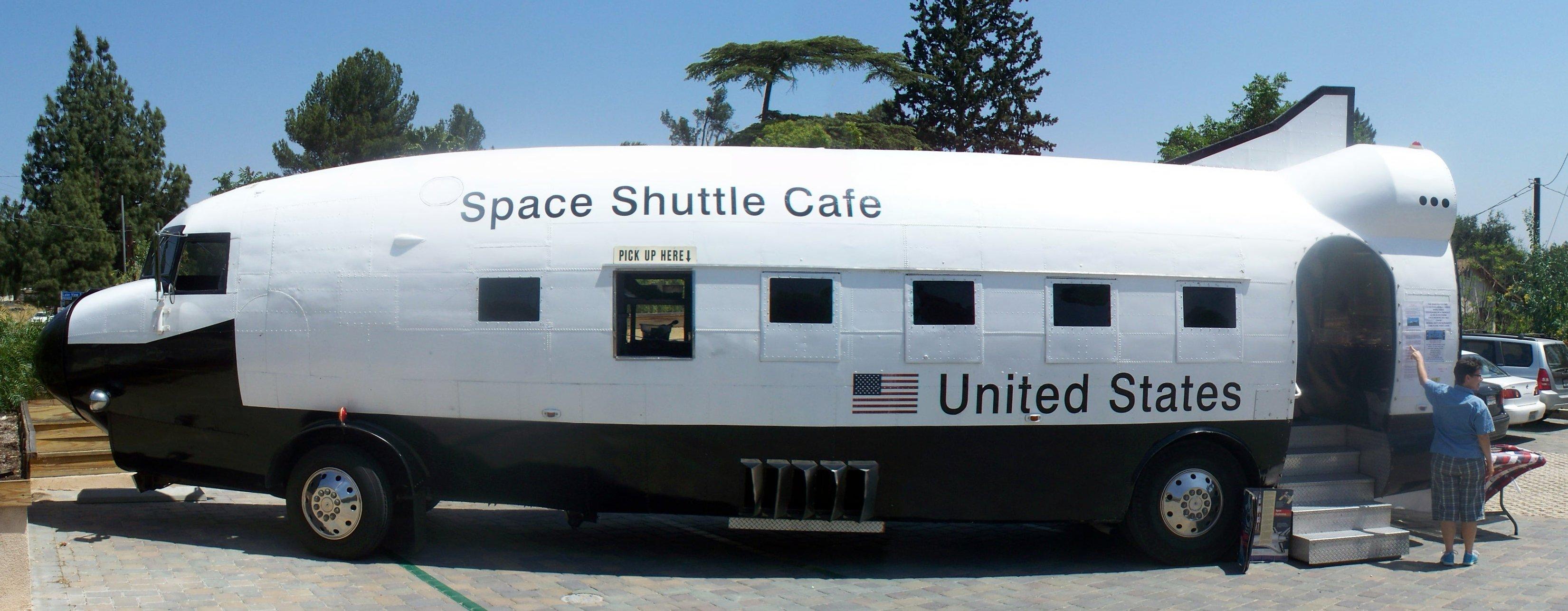 Space_Shuttle_Cafe_%283551004860%29.jpg