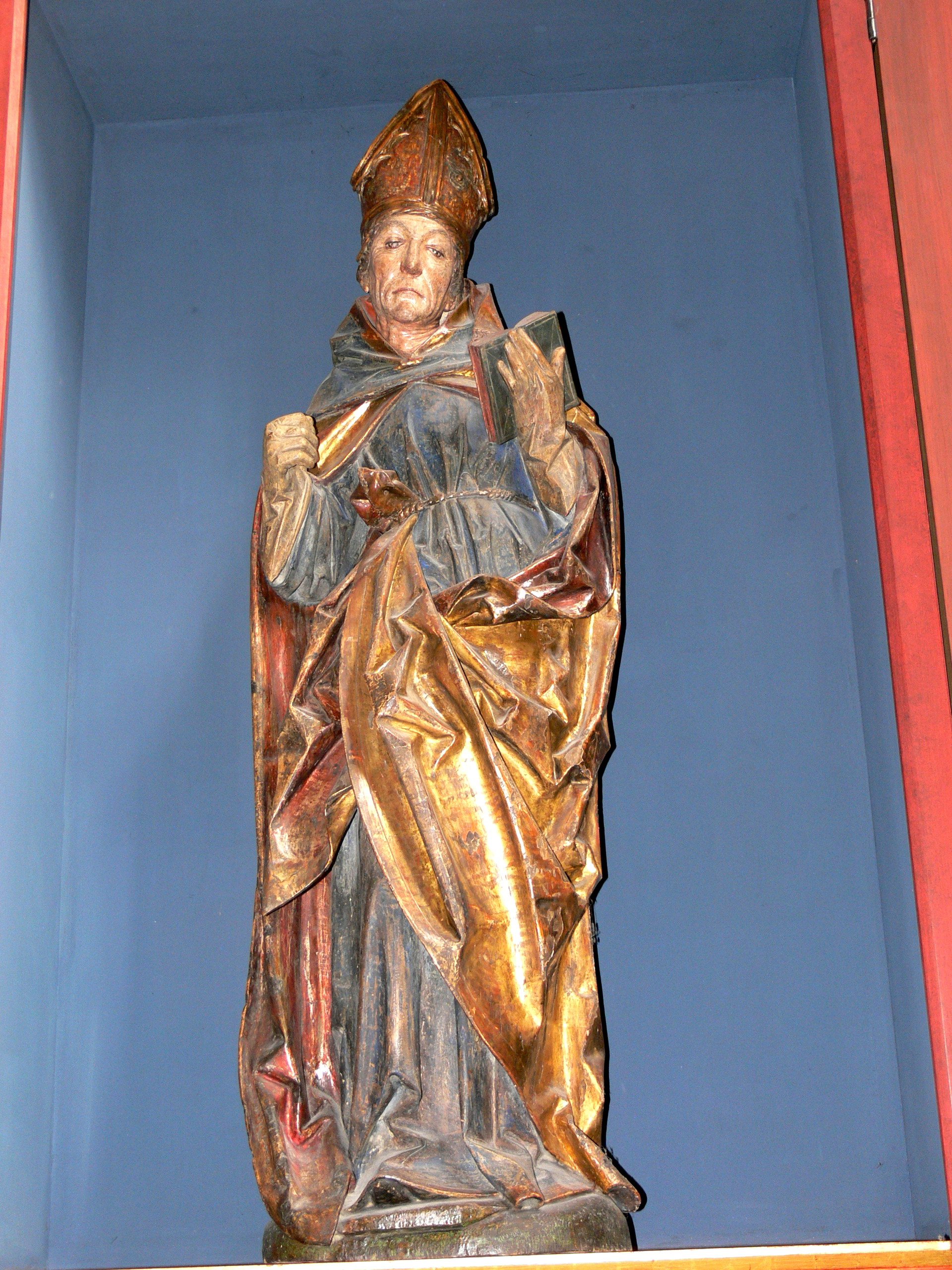 https://upload.wikimedia.org/wikipedia/commons/9/92/St.Jakob_-_Altar_St.Ludwig_von_Toulouse_01.jpg