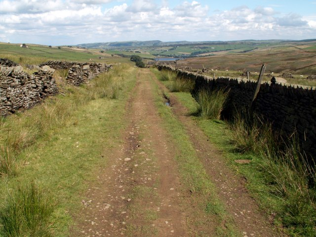The Kirklees Way to Digley Reservoir - geograph.org.uk - 503140