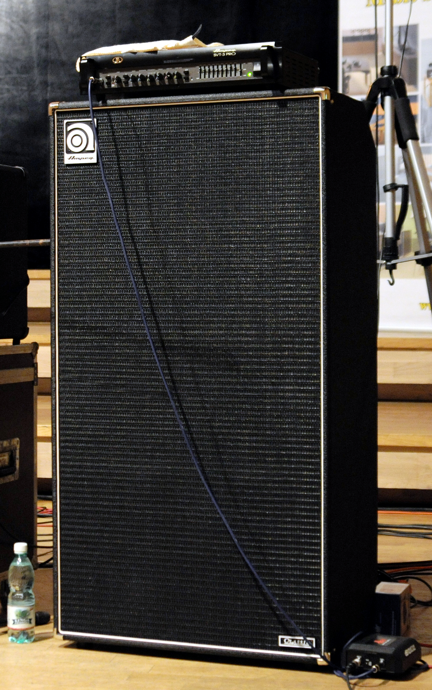 dating ampeg svt Dating ampeg amplifiers especially the high-powered amps such as the svt and v-series, contain lethal voltages even when unplugged and turned off.