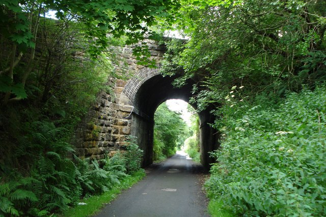Tunnel under Harpers Brae, Penicuik - geograph.org.uk - 913330