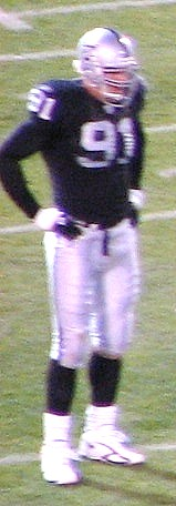 Tyler Brayton in 2006 game vs Chargers.jpg