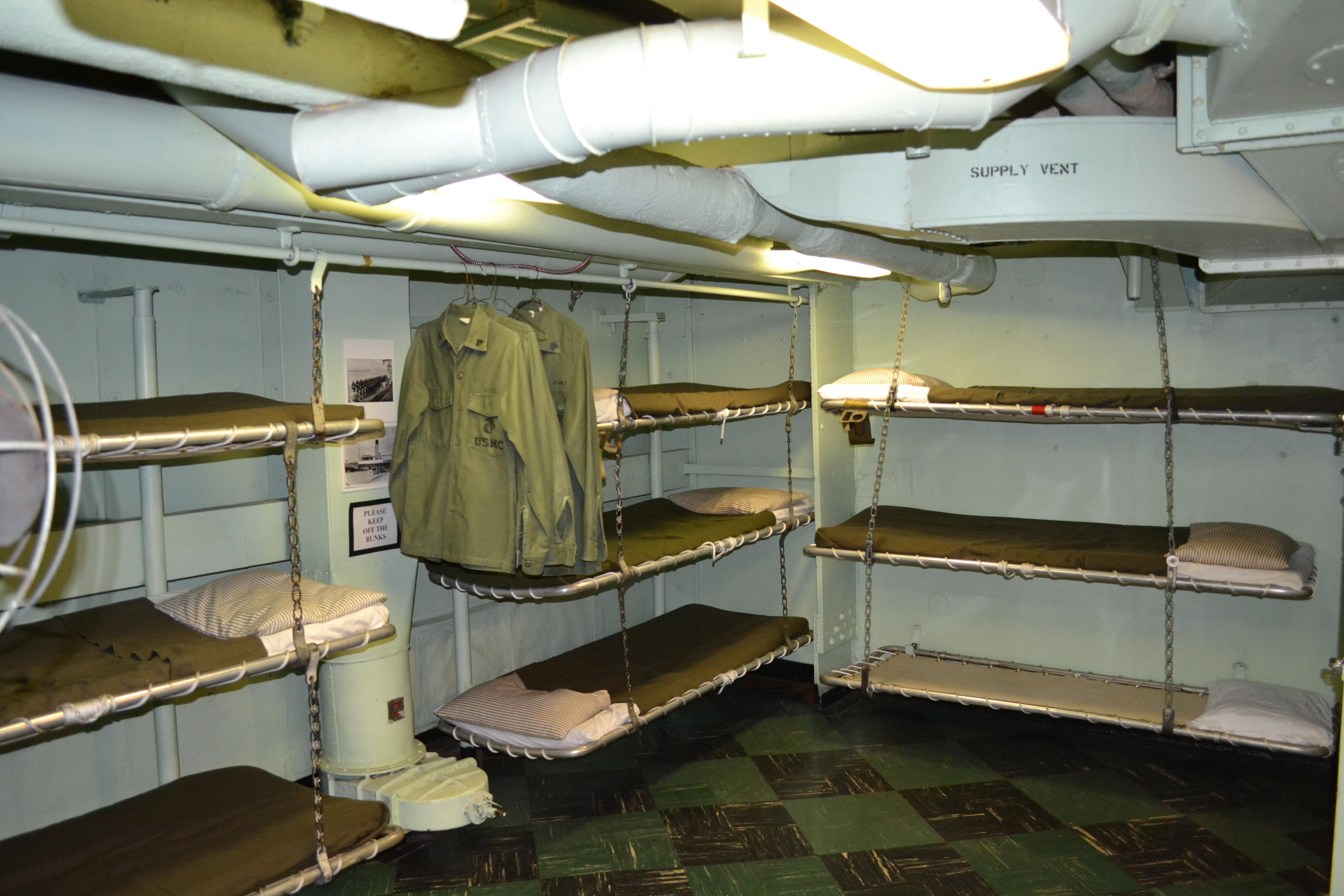 astronauts sleeping compartment - photo #3