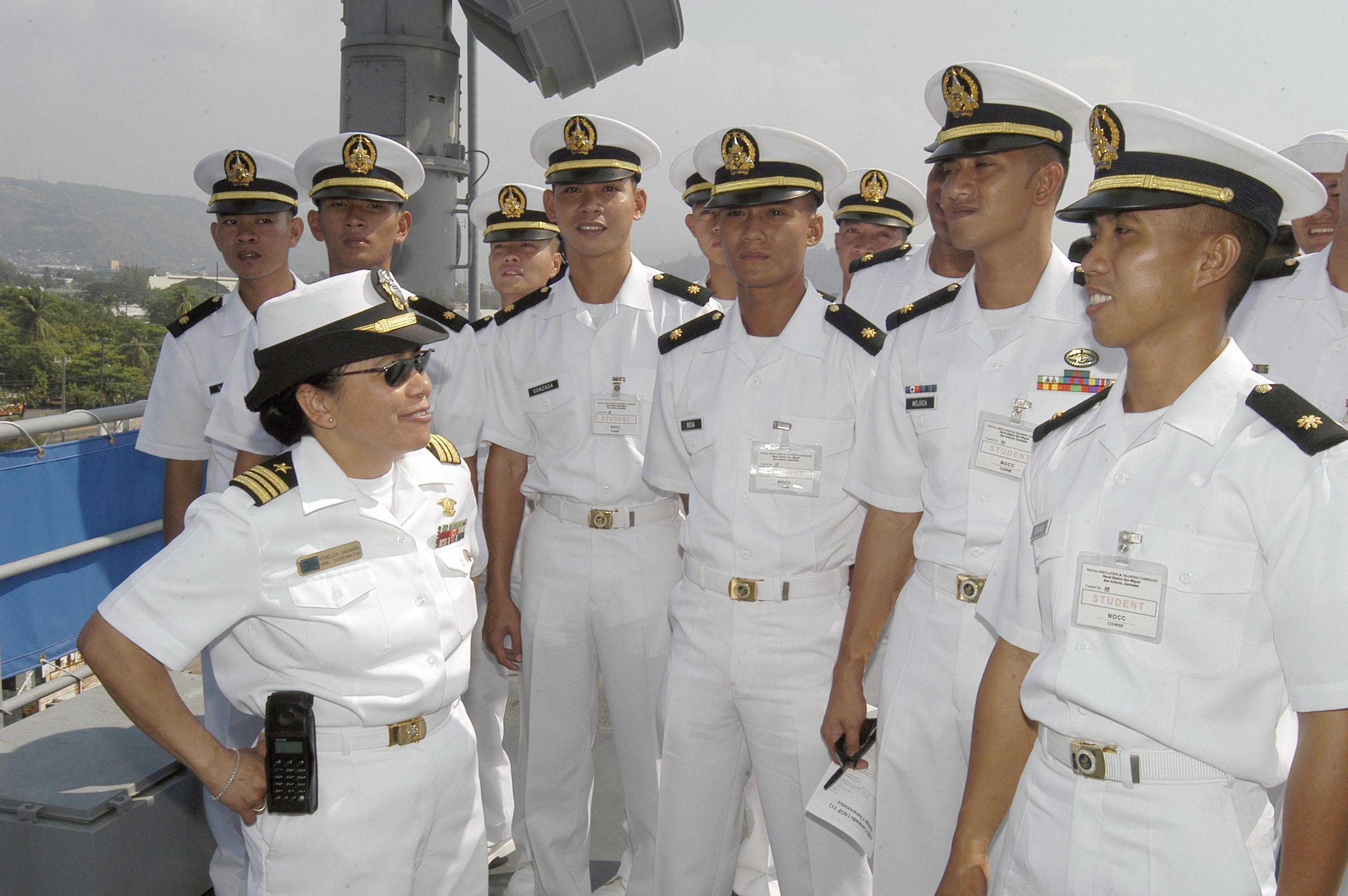 File:US Navy 040424-N-4055P-004 Lt. Cmdr. Romelda Sadiarin