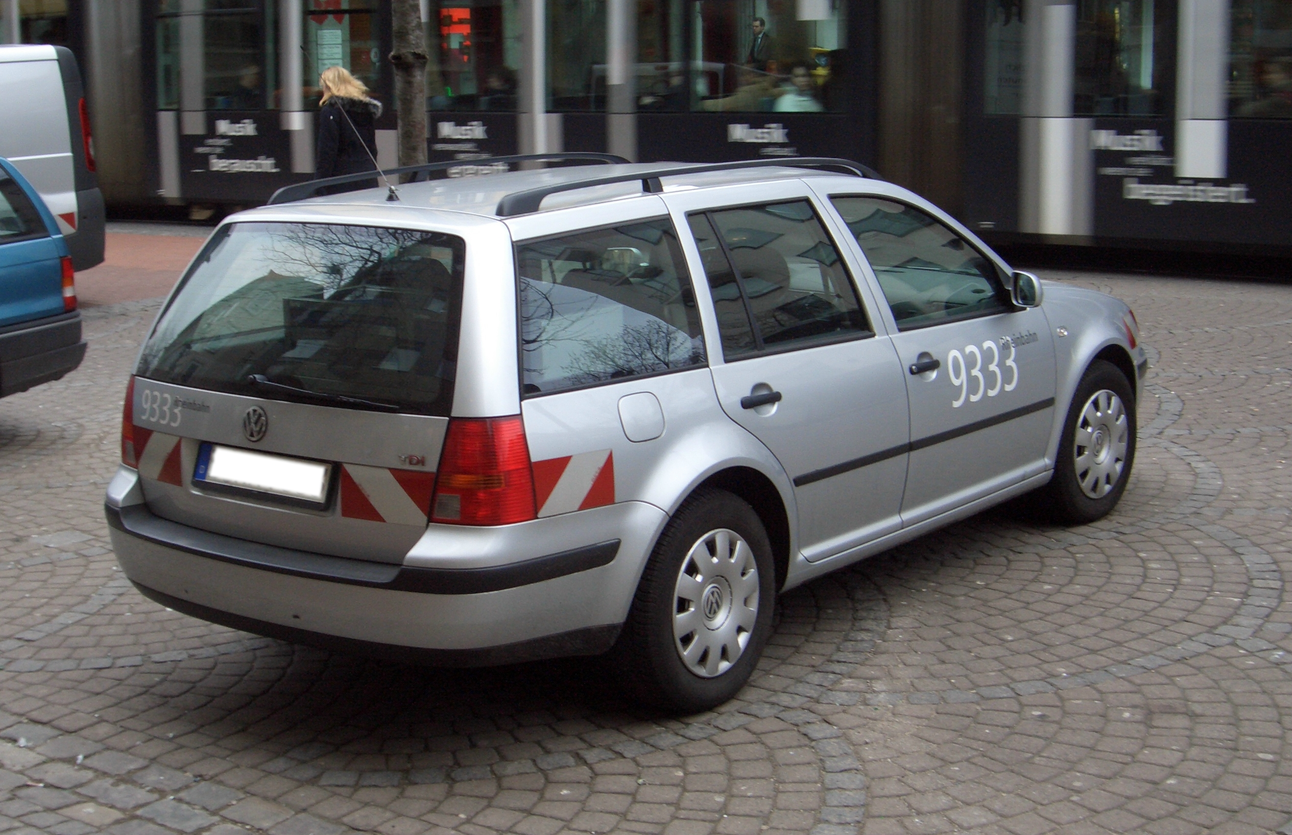 Viewtopic as well Eurp 1105 1990 Volkswagen Corrado G60 also File Volkswagen Sagitar II rear China 2012 05 04 moreover 2016 Astra moreover 1990 Diablo. on volkswagen jetta wagon