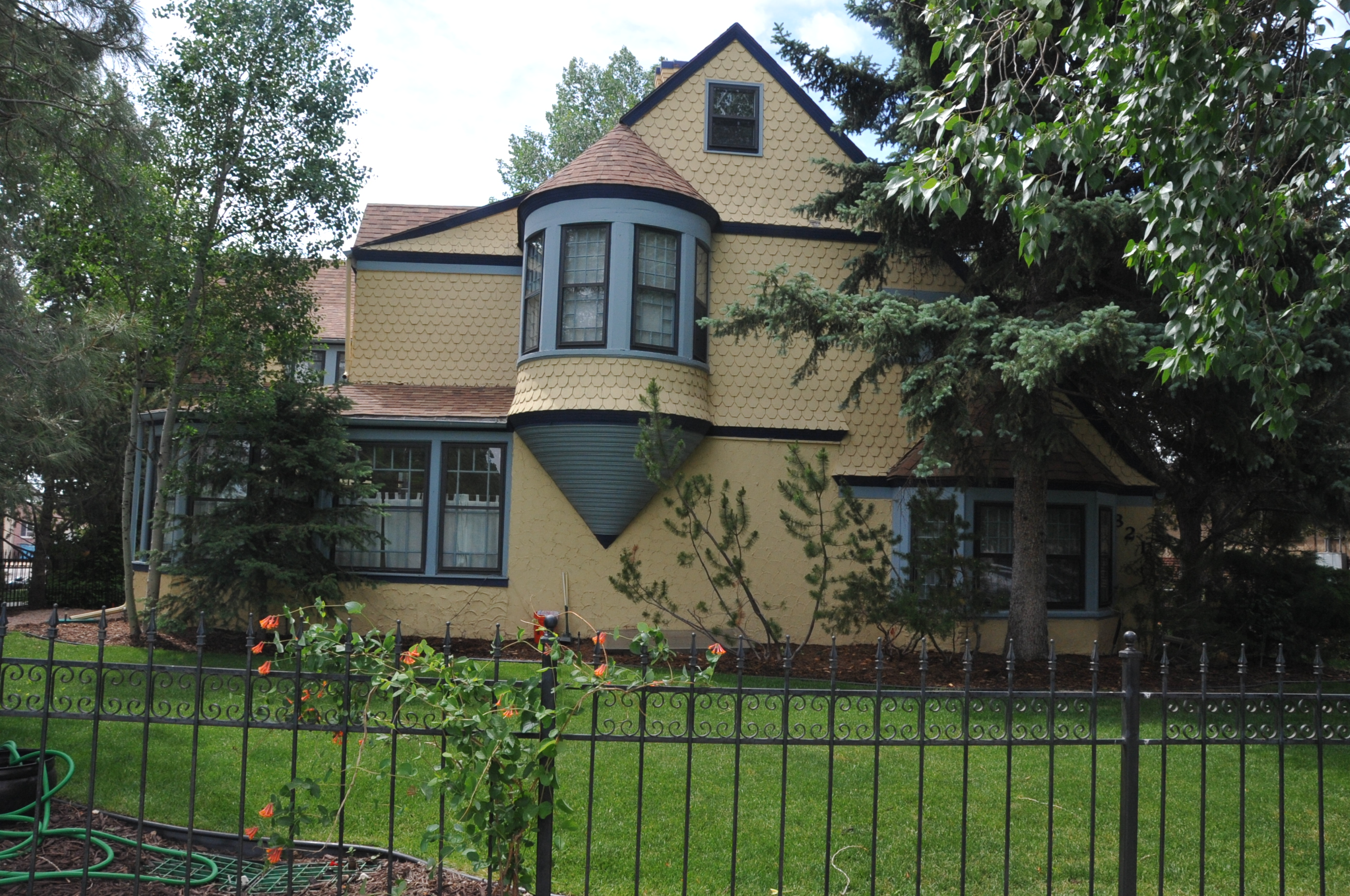 William sturgis house for Cheyenne houses