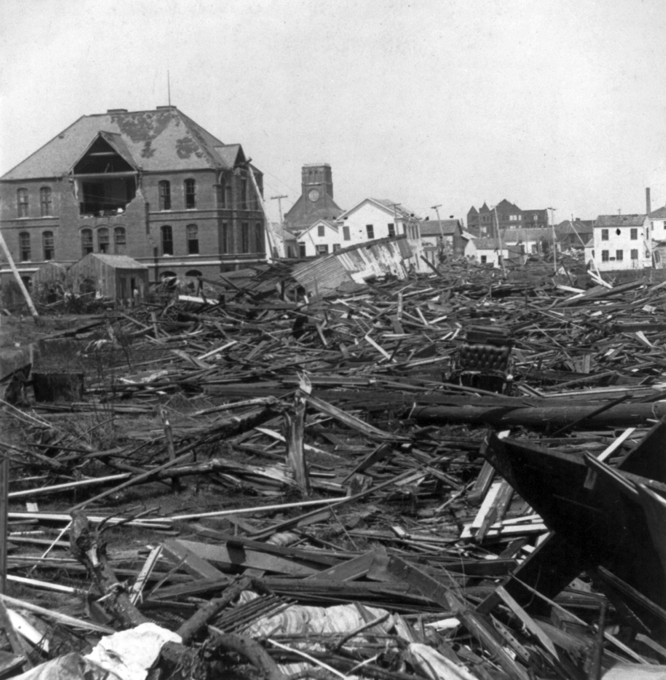 File:Wrecked Negro High School Building, Galveston, Texas.jpg