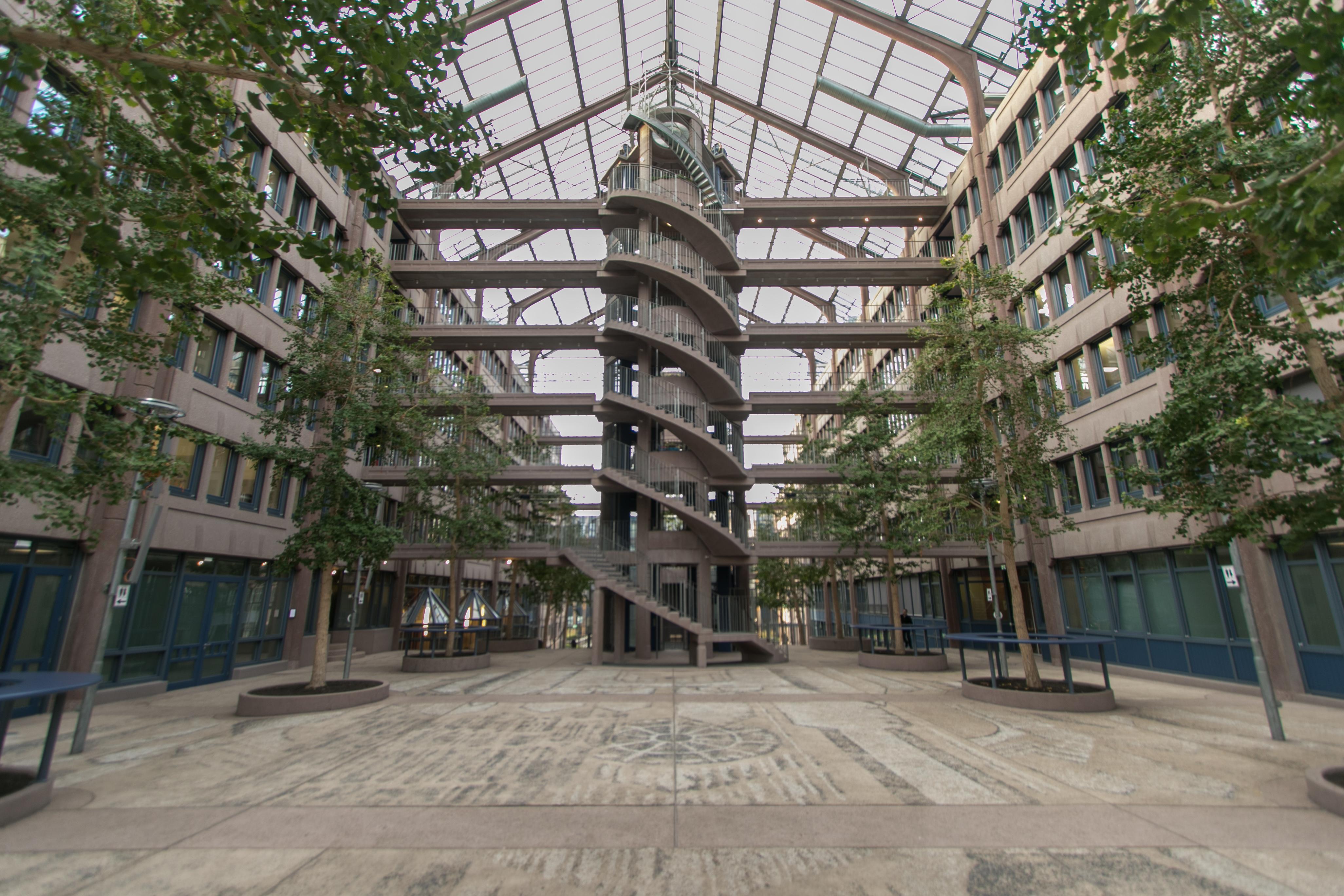 File:Züblin-Haus, Stuttgart 003.jpg - Wikimedia Commons