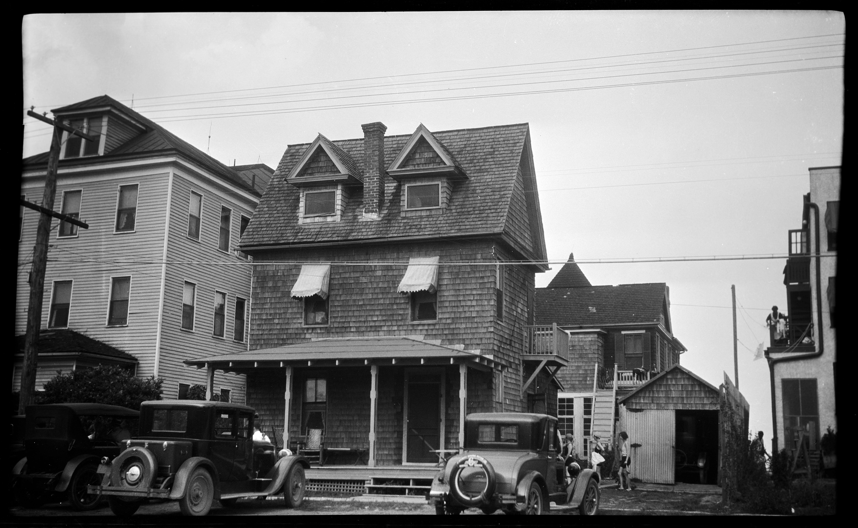 File Thin Cottage Virginia Beach June 1926