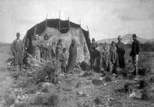 Archivo:1897 mapuche 500.jpg
