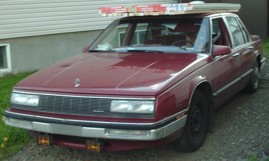 File:1989 Buick LeSabre.jpg