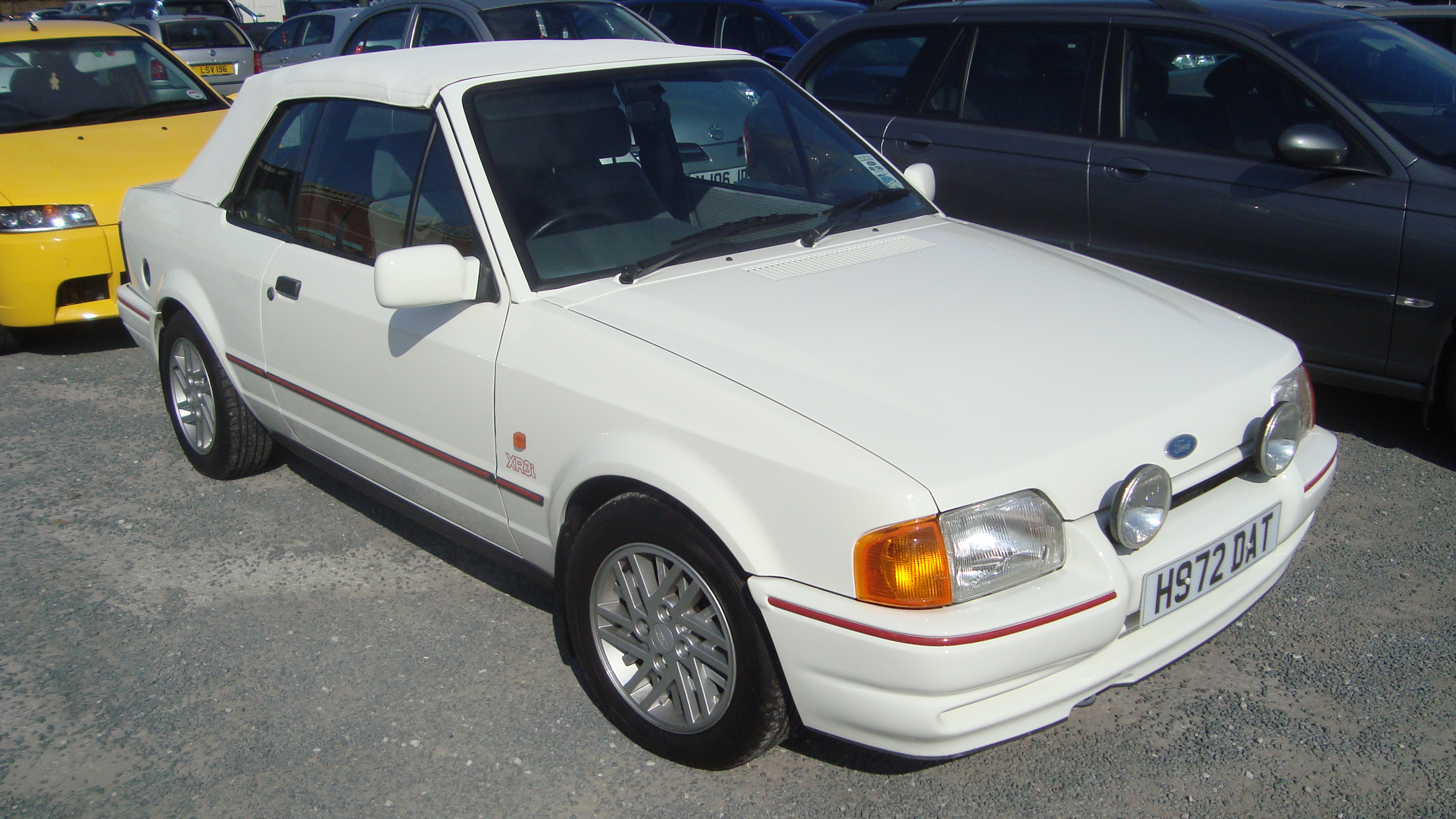 ford escort cabrio 1990