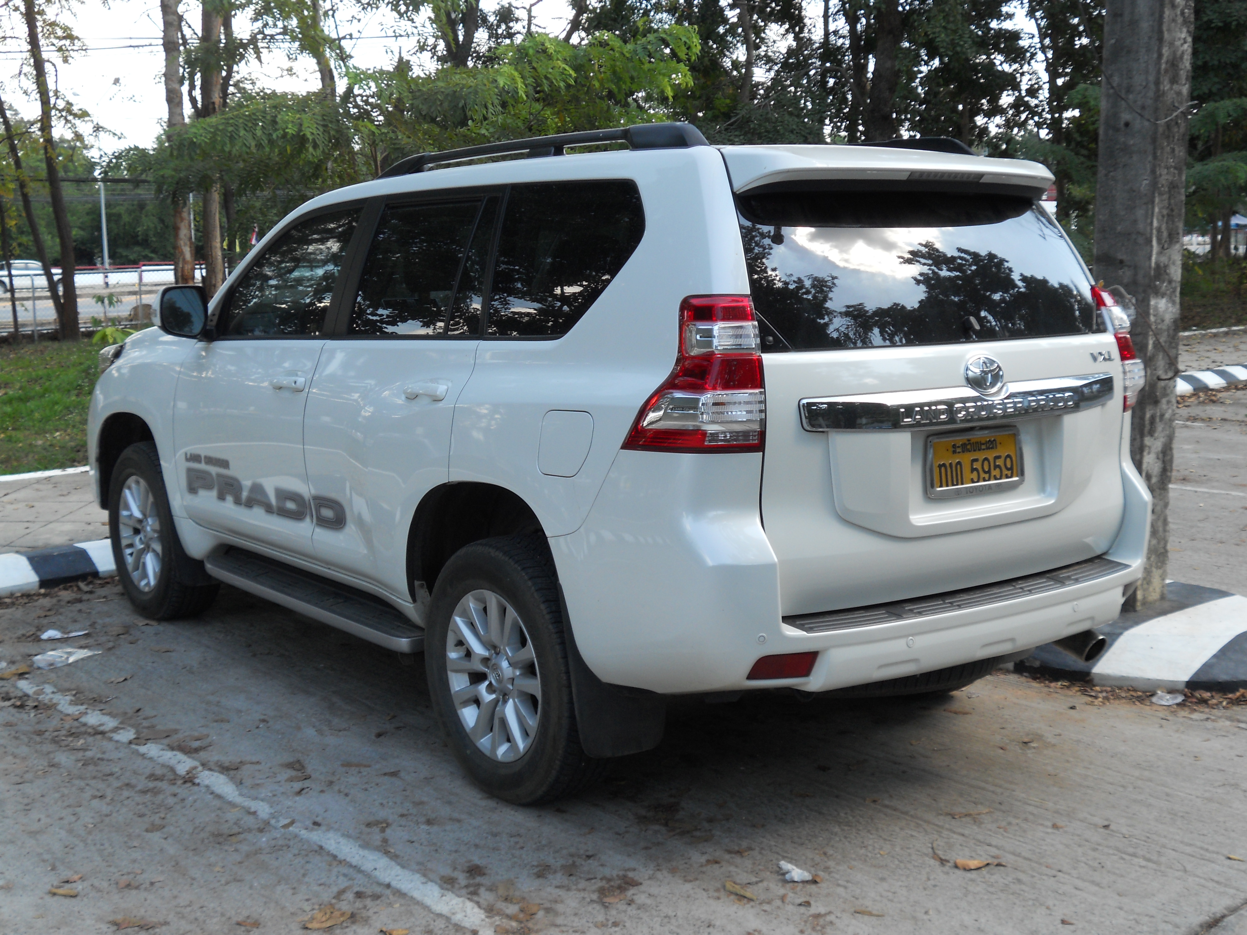 Kelebihan Kekurangan Toyota Land Cruiser 2013 Spesifikasi