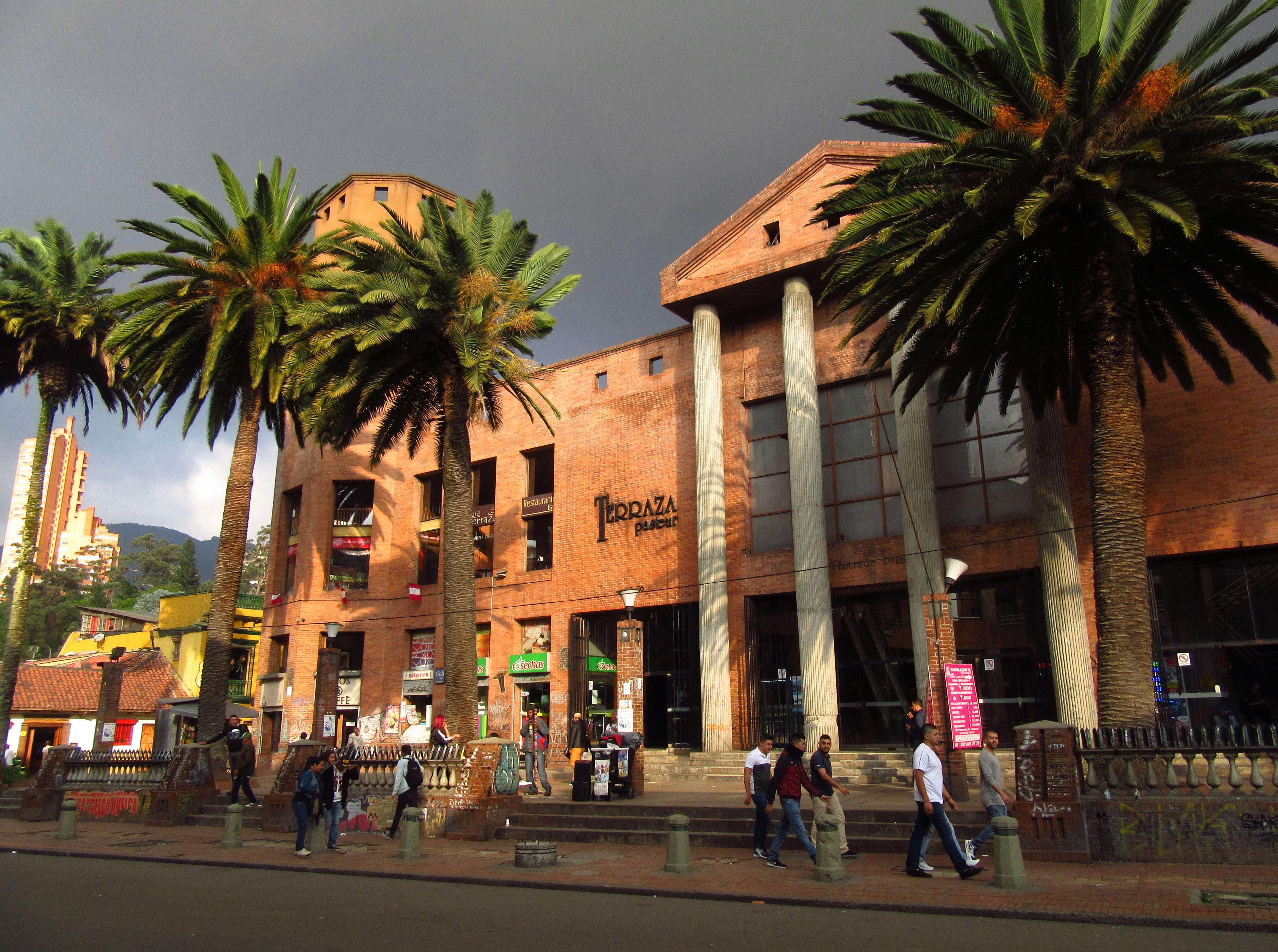 File 2018 Bogotá Edificio Calle 24 Carrera 7 Terraza Pasteur