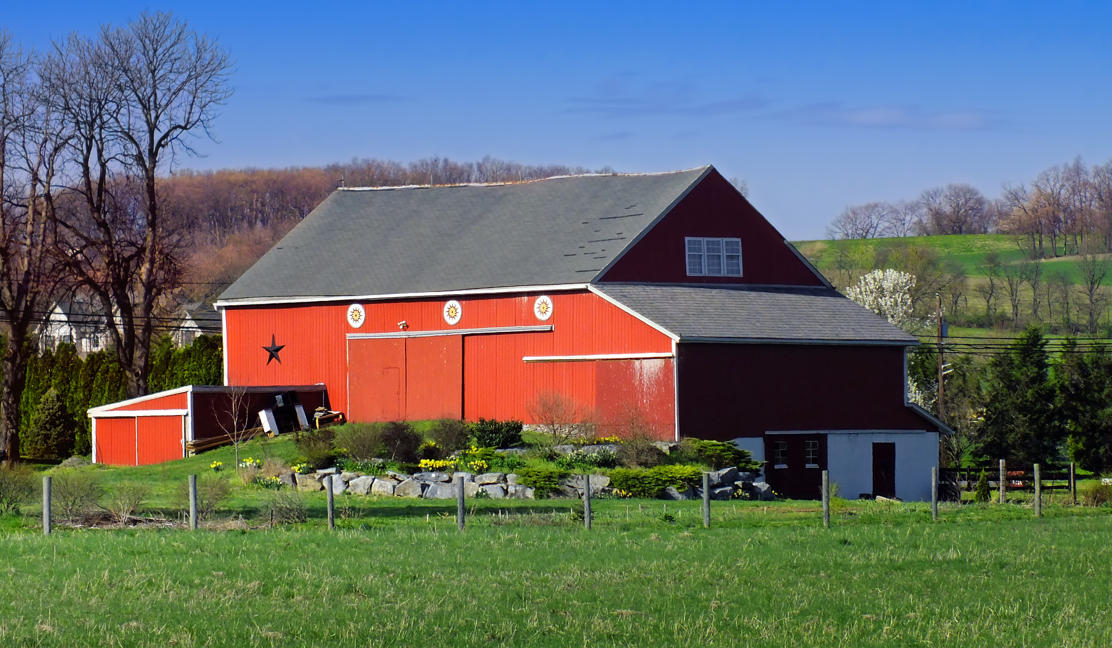 File barn style 1 jpg wikimedia commons for Dutch style barn
