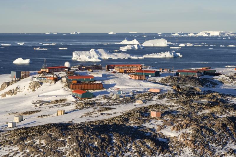 base antarctique dumont d 39 urville wikip dia. Black Bedroom Furniture Sets. Home Design Ideas