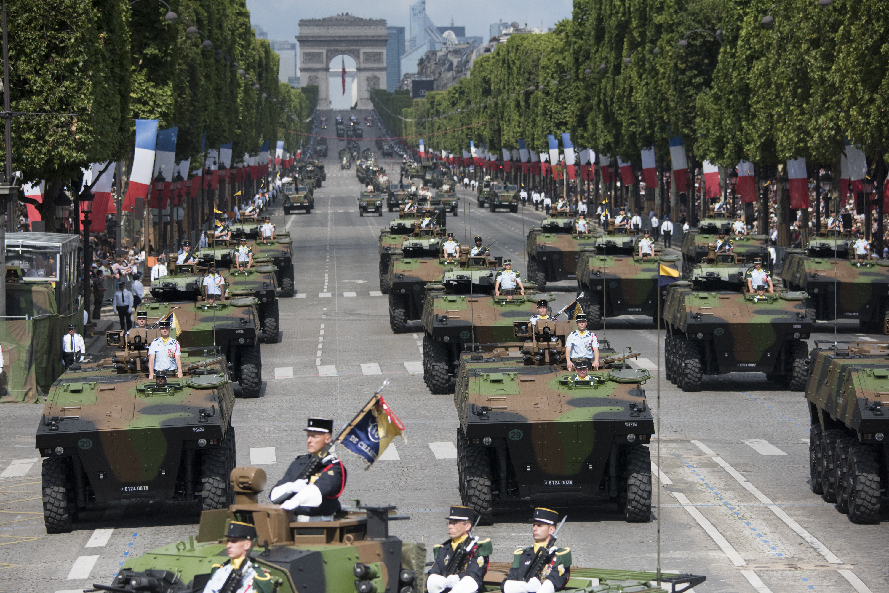 https://upload.wikimedia.org/wikipedia/commons/9/93/Bastille_Day_Parade_2017%2C_VBCI_of_the_16th_battalion_of_chasseurs.jpg