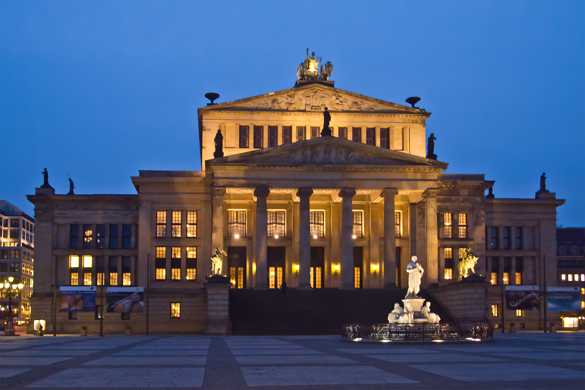 file berlin mitte konzerthaus gendarmenmarkt wikimedia commons. Black Bedroom Furniture Sets. Home Design Ideas