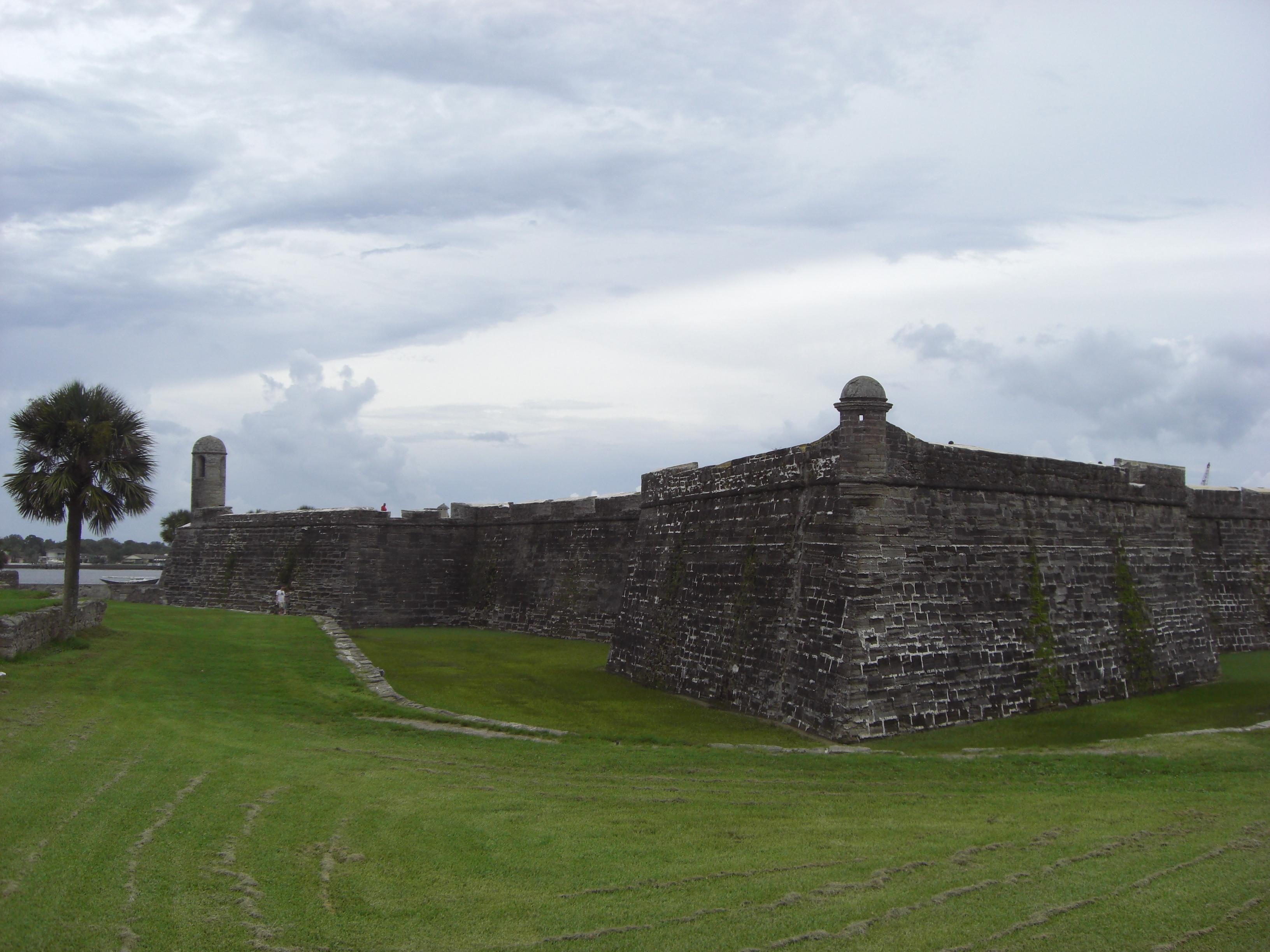 File:Castillo de San Marcos, St. Augustine, Florida, USA8.jpg ...