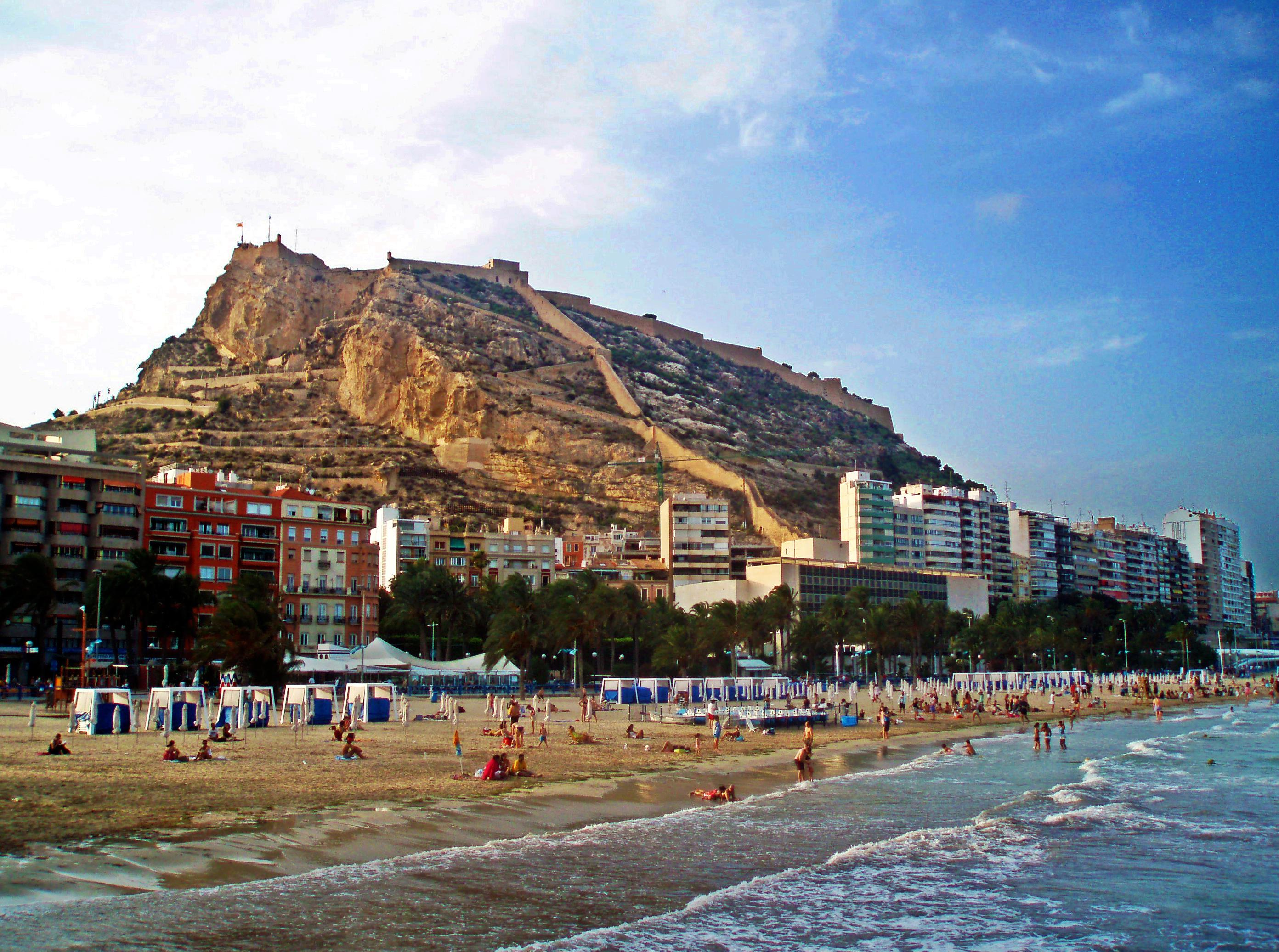 Resultado de imagen de playa postiguet