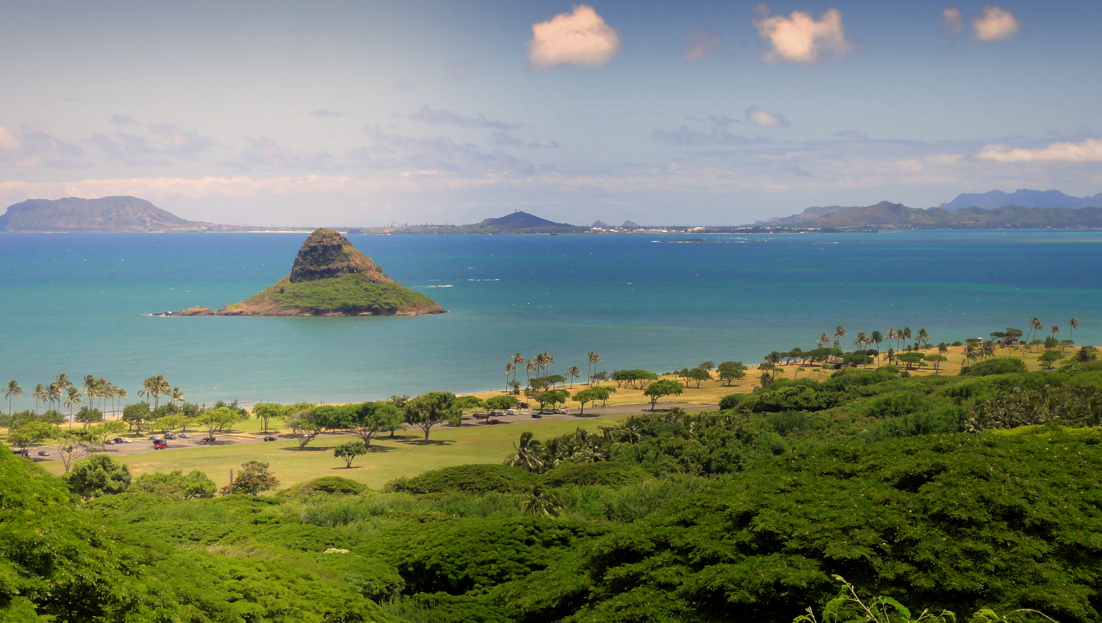 Things to do in Oahu - Chinaman's Hat