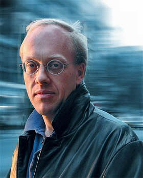 From commons.wikimedia.org/wiki/File:Chris_hedges_blur.jpg: Chris Hedges