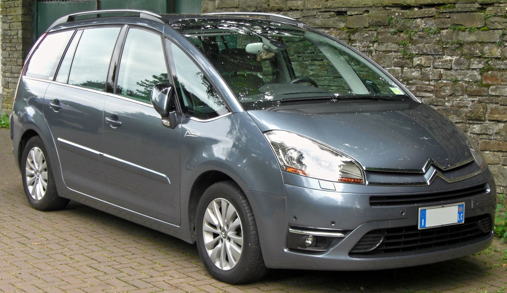 citroen c4 grand picasso reviews citroen c4 grand. Black Bedroom Furniture Sets. Home Design Ideas