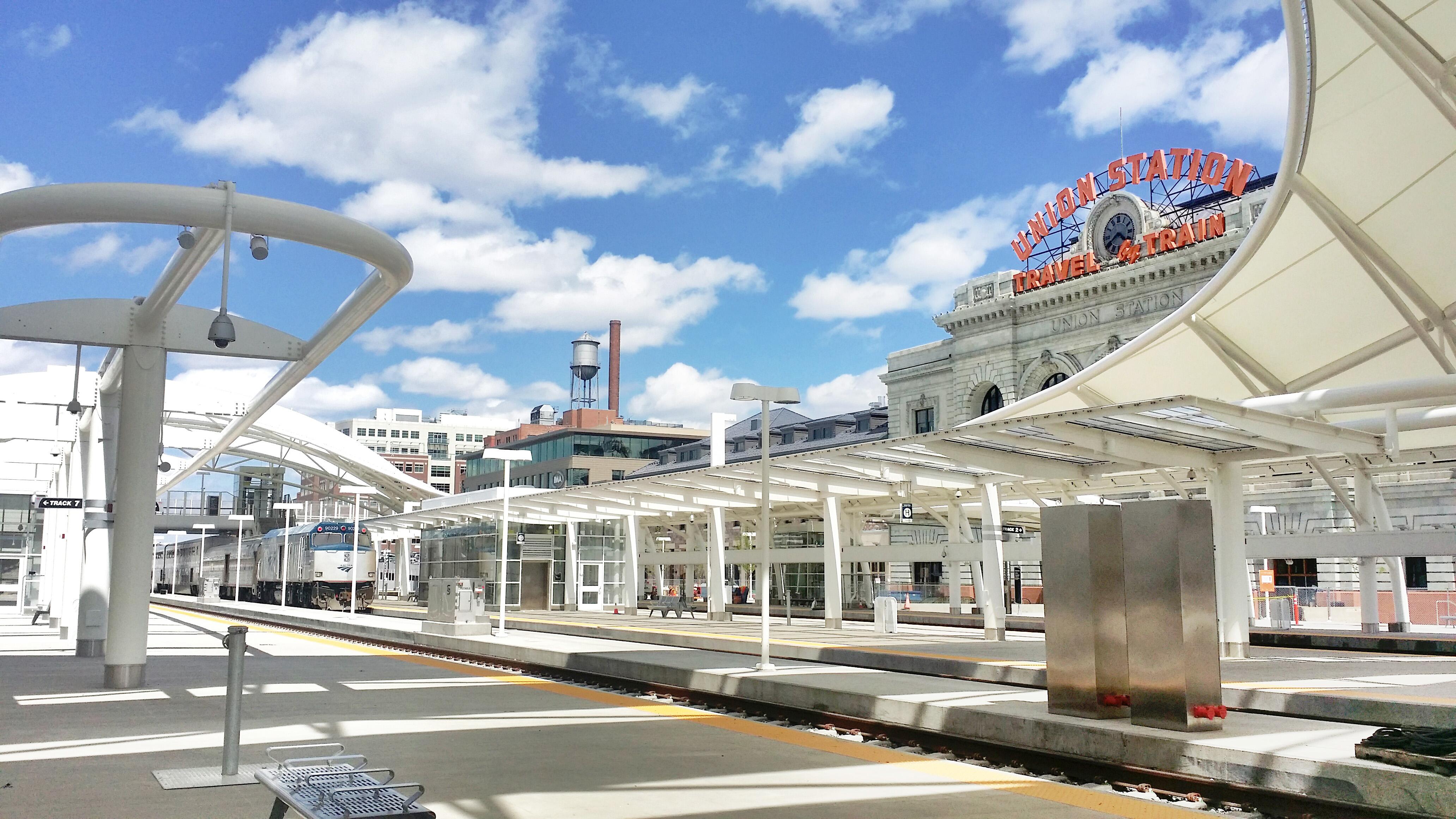 File Denver Union Station Train Hall Jpg Wikimedia Commons
