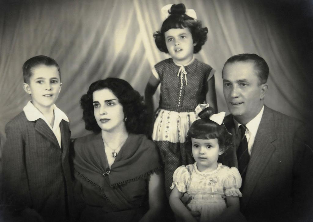 Family of Brazilian president Dilma Rousseff (...