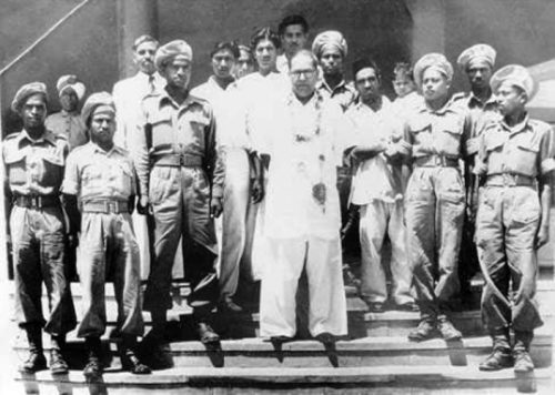 File:Dr Babasaheb Ambedkar with the Mahar regiment on his birthday in 1950.jpg