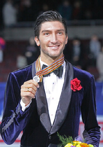 Evan Lysacek Brings Home the Gold!