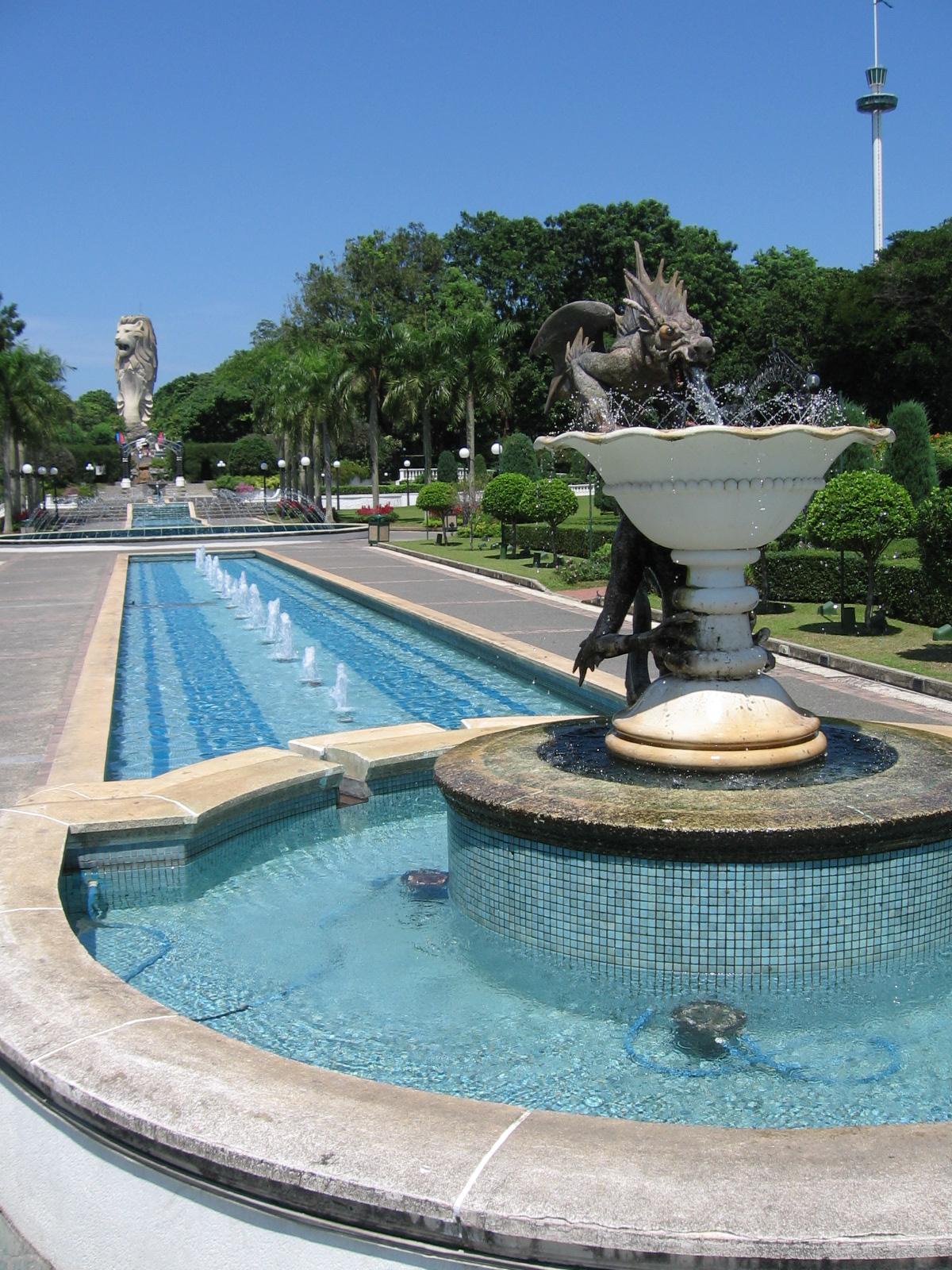 File Fountain Gardens 2 Sentosa Aug 06 Jpg Wikimedia