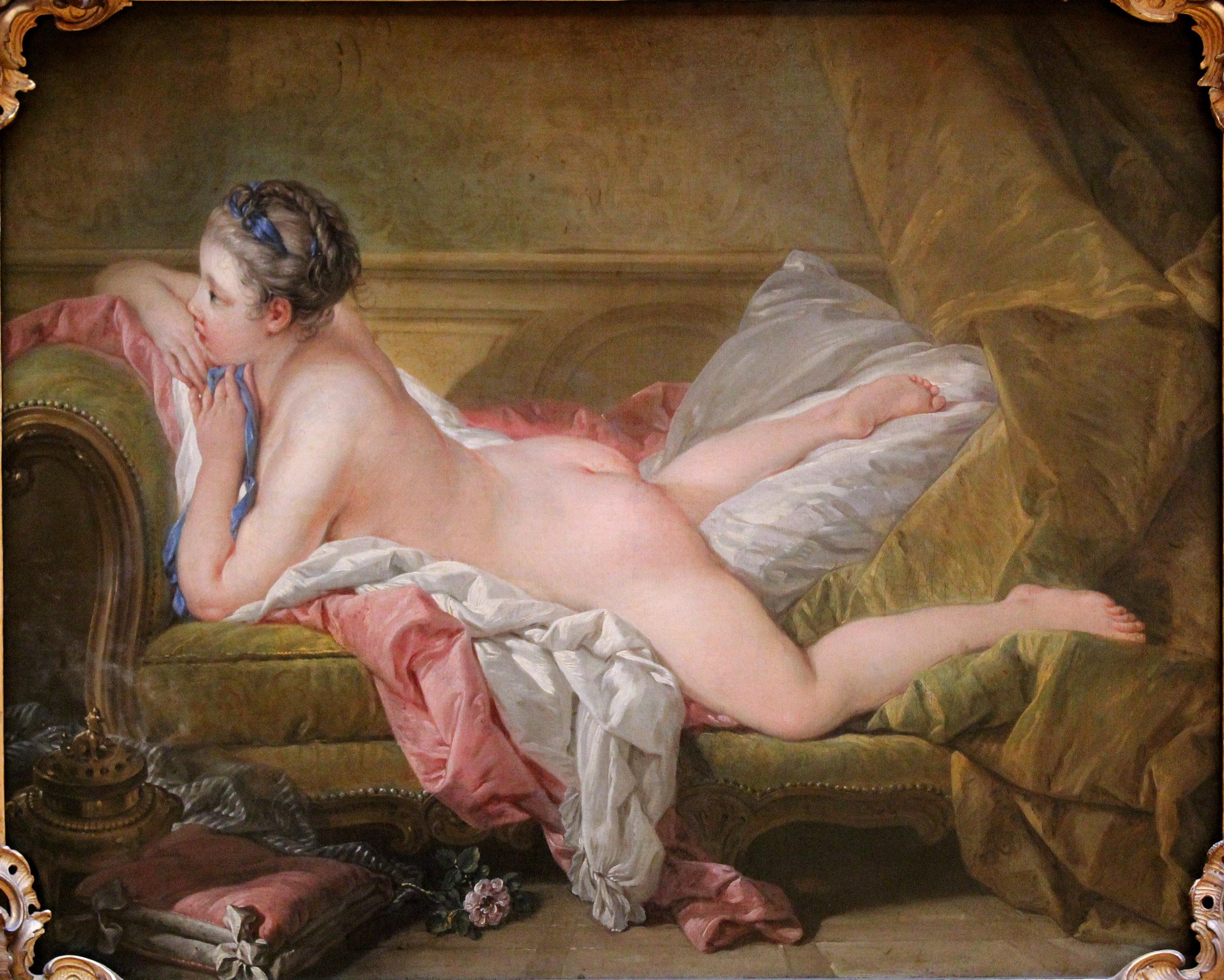 Разные леди показаны голыми  290057