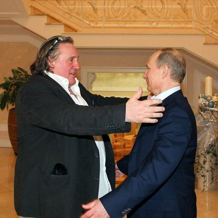 Gérard Depardieu and Vladimir Putin, Sochi, Russia, 2013-01-06 1.jpeg