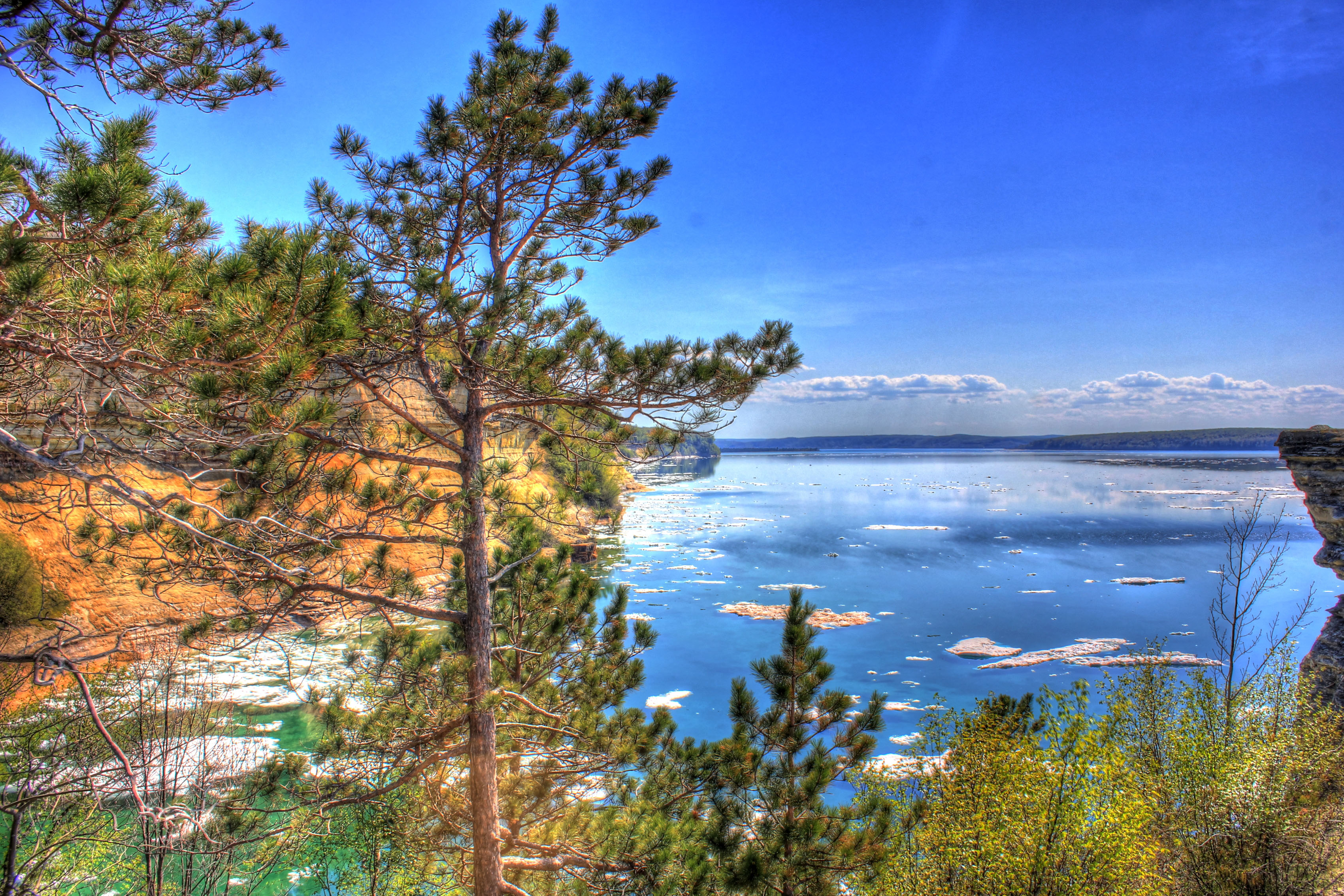 file gfp michigan pictured rocks national lakeshore beautiful landscape of the forest and bay jpg wikimedia commons https commons wikimedia org wiki file gfp michigan pictured rocks national lakeshore beautiful landscape of the forest and bay jpg