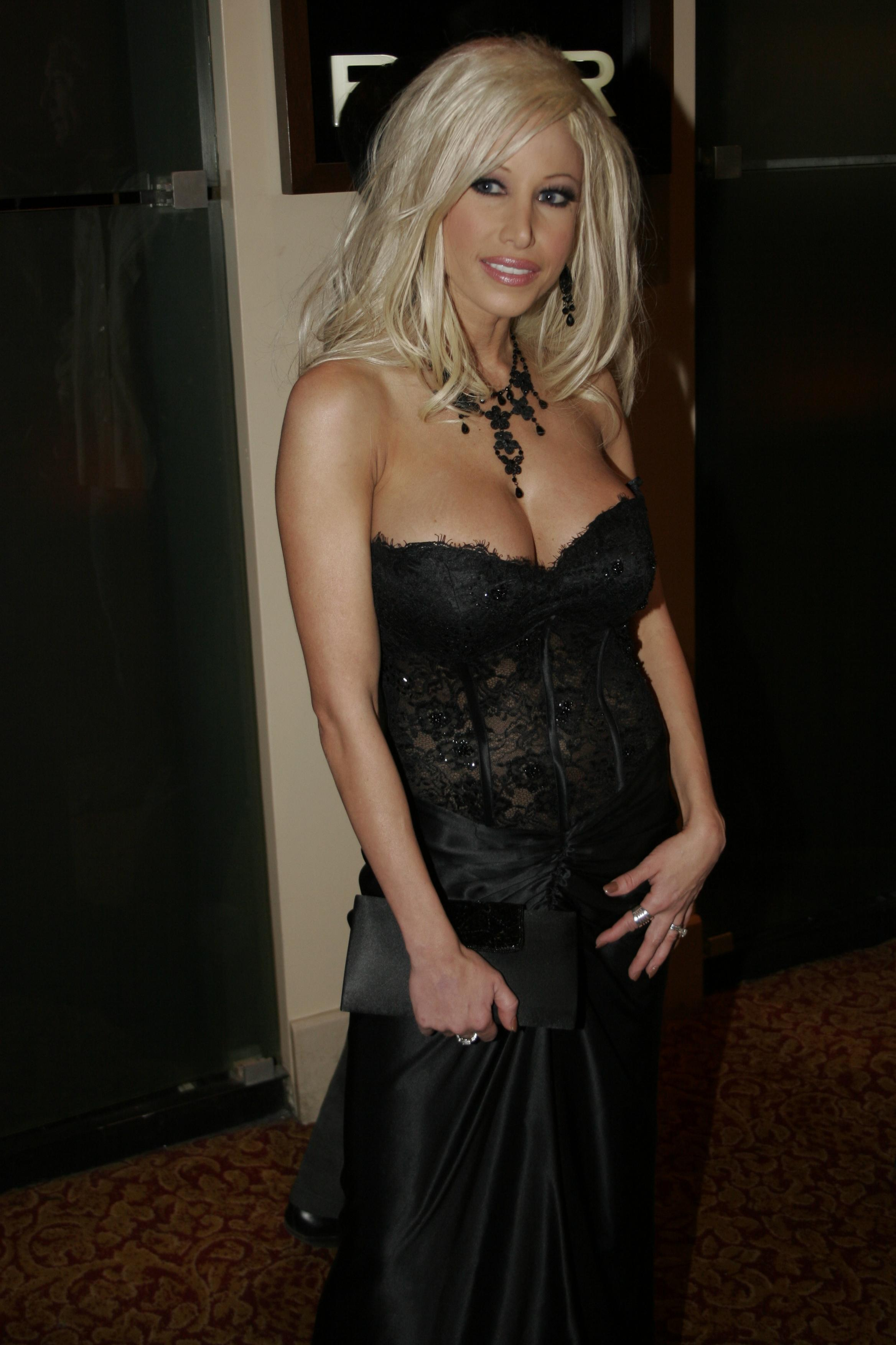 picture Gina Lynn
