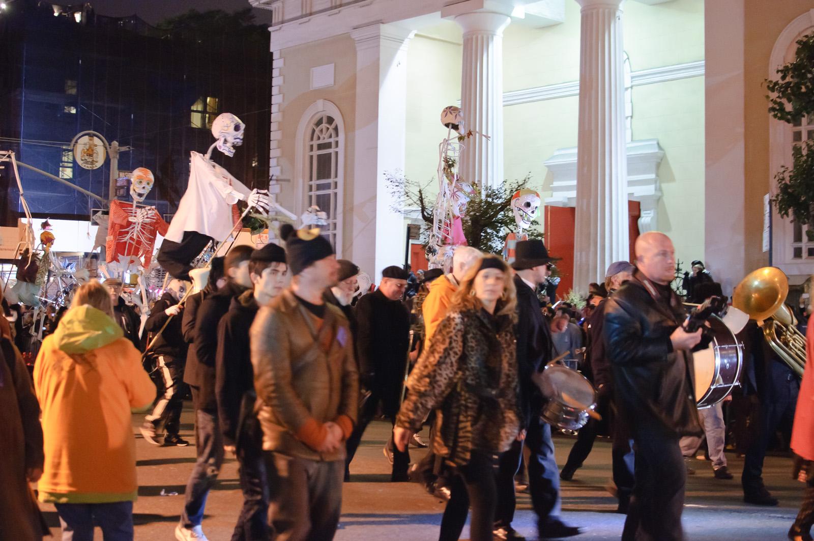File:Greenwich Village Halloween Parade (6451247727).jpg ...