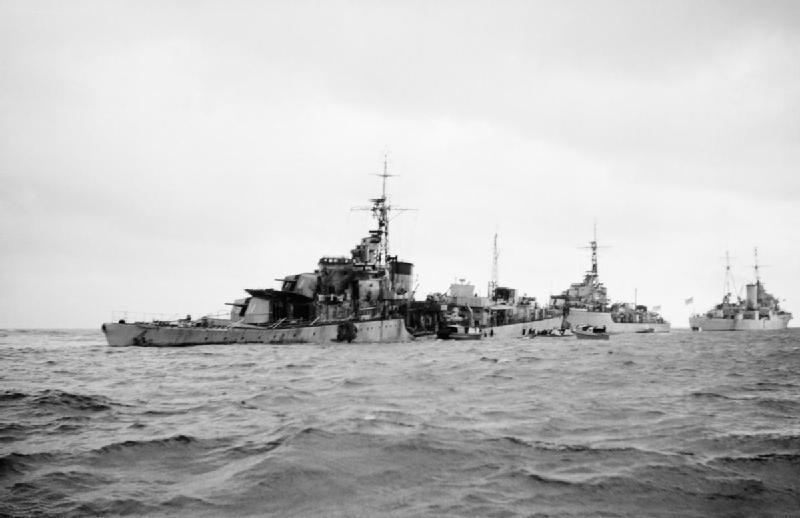 File:HMS Saumarez mined 1946 IWM A 31207.jpg