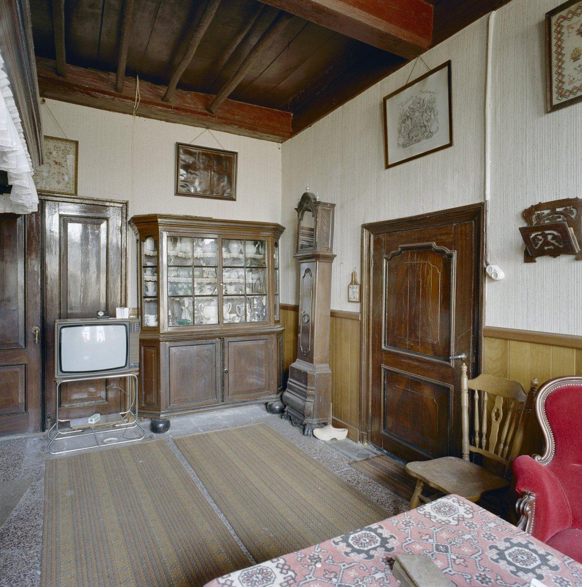 File:Interieur voorhuis, oude keuken - Winterswijk - 20346486 - RCE ...