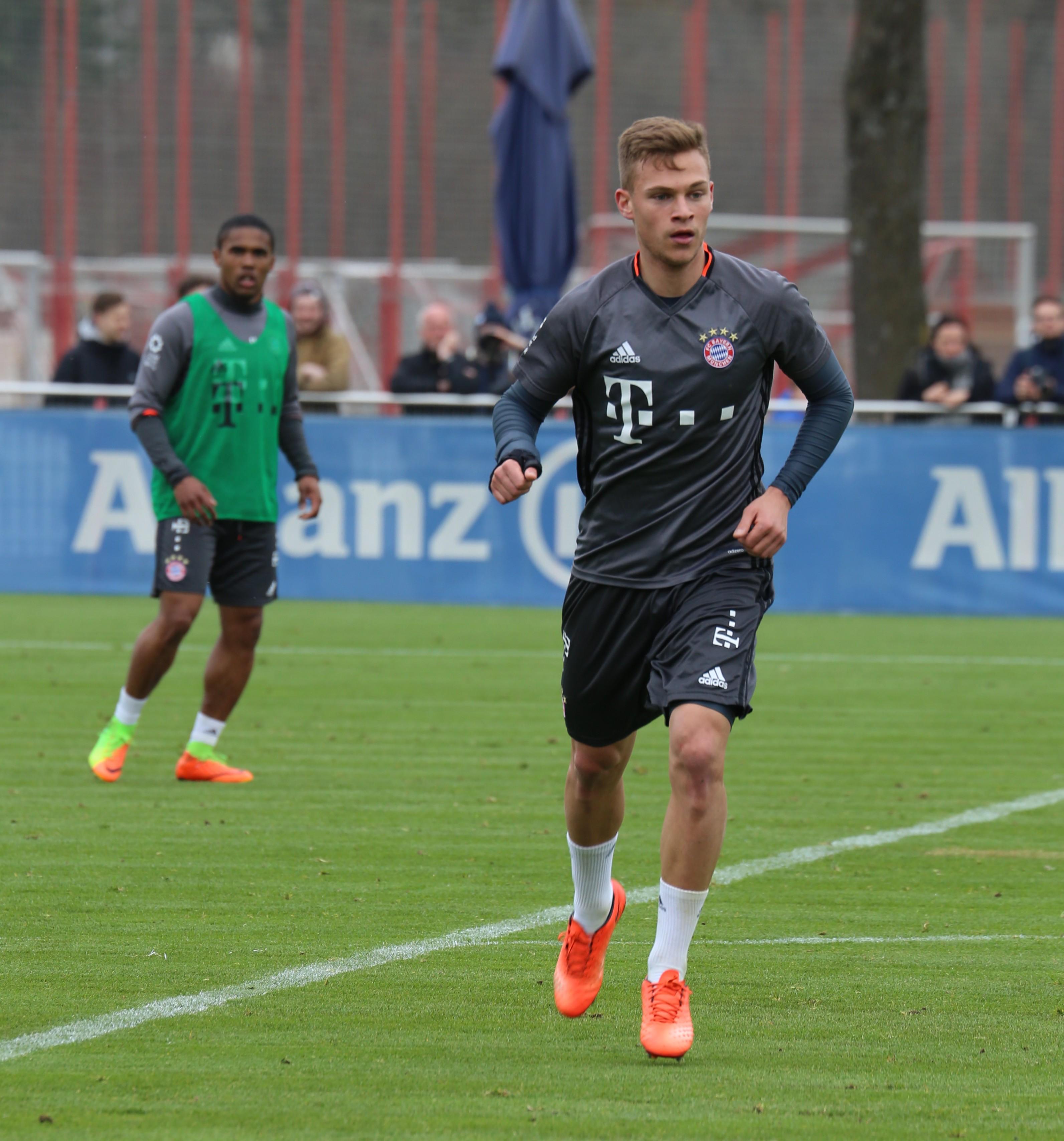 File Joshua Kimmich Training 2017 03 FC Bayern Muenchen 4