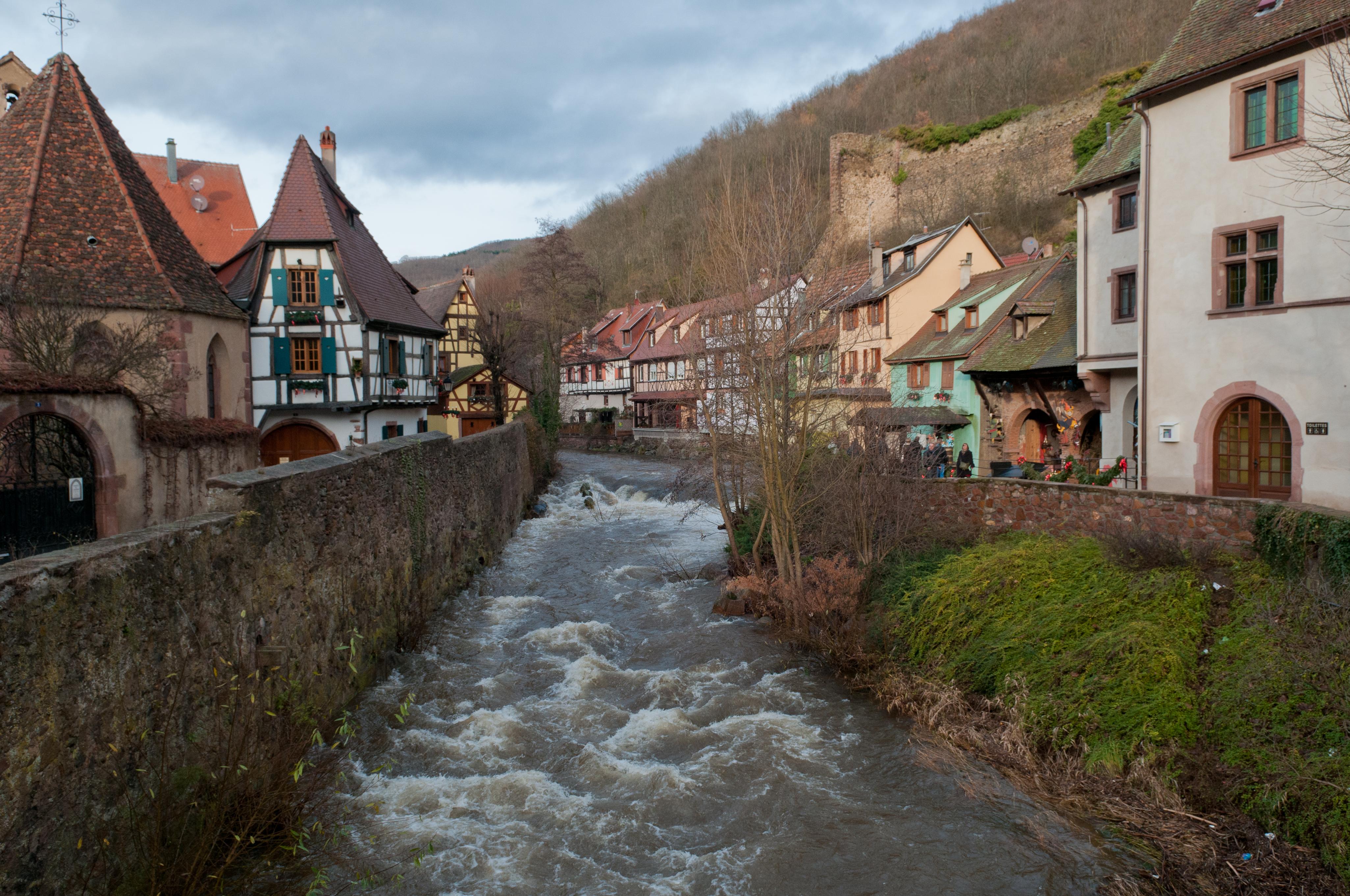 Traduction flirter allemand Dictionnaire franais-allemand Reverso