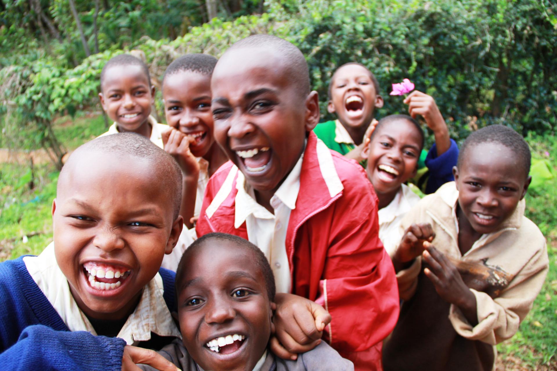 File:Kids at Maringa Chini Primary School, Tanzania - panoramio (7 ...